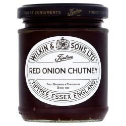 Tiptree caramlisd Red Onion Chutney 220G